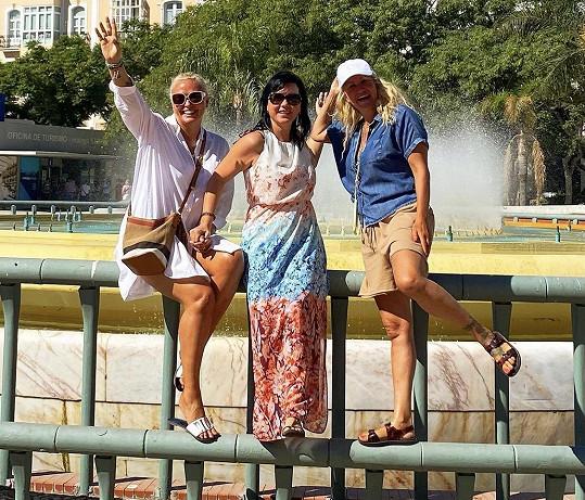 Vendula odletěla s kamarádkami na dovolenou do Malagy.