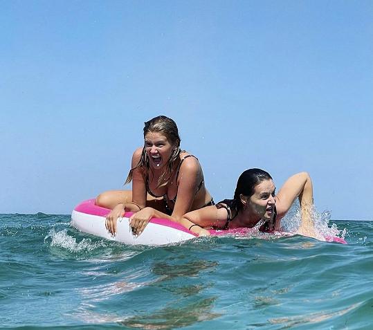 Takhle si užívají dovolenou v Řecku.
