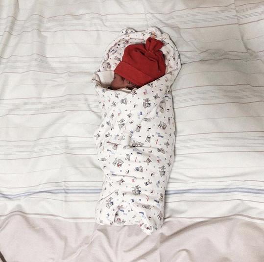 Ejvi porodila dceru Ruby.