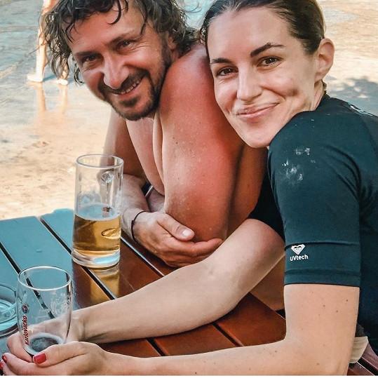 Poslední společný snímek, který manželé sdíleli.