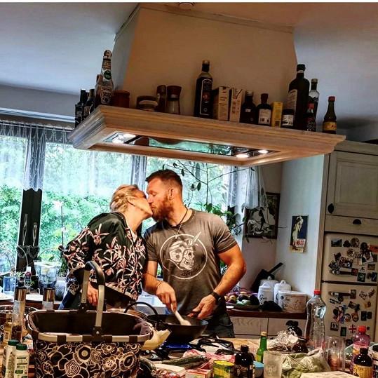 Domácí pohoda s manželem Pepou