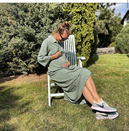 Tímto snímkem oznámila tenistka těhotenství.