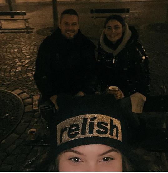 Vyrazili na Staroměstské náměstí.