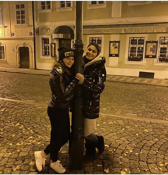 Vlaďka s dcerou Viktorkou