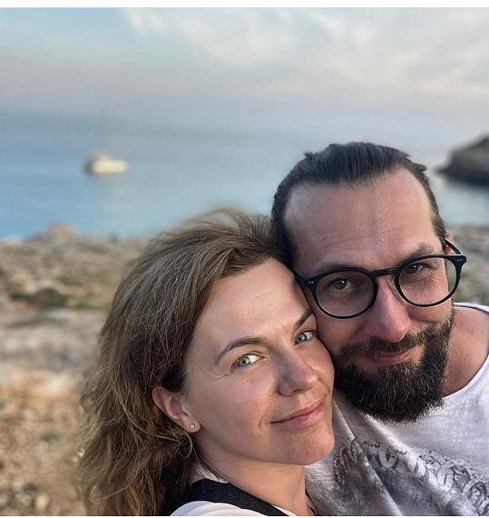 Marta Jandová vyrazila s manželem Miroslavem Vernerem k moři.
