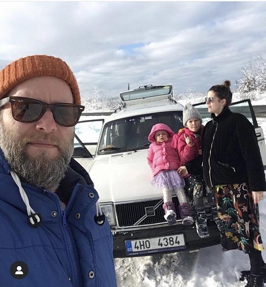 S manželem Romanem a dcerami Emilkou a Olivkou
