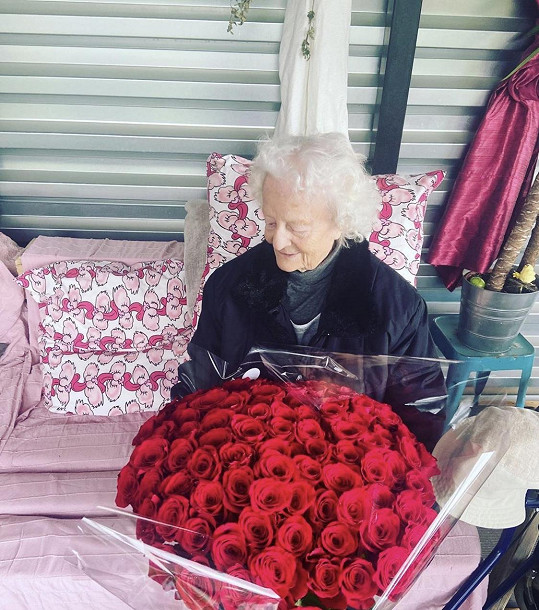 Oslavila 96. narozeniny.