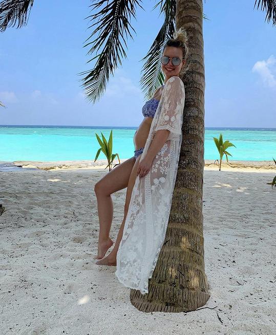 Patricie na dovolené na Maledivách, kde oznámila těhotenství.
