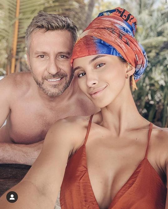 Daniela je s přítelem Pepou na Zanzibaru déle, než předpokládali.