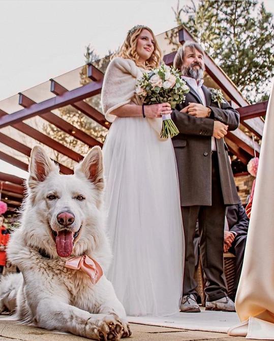 Martin Ditmar se oženil s přítelkyní Kristýnou.