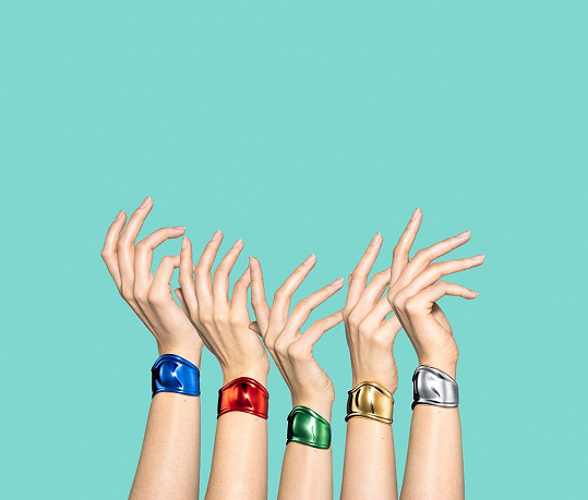 Speciální edice náramků Bone Cuff, která byla uvedena v červnu 2020 po osmdesátých narozeninách Peretti k 50. výročí jejich vzniku.