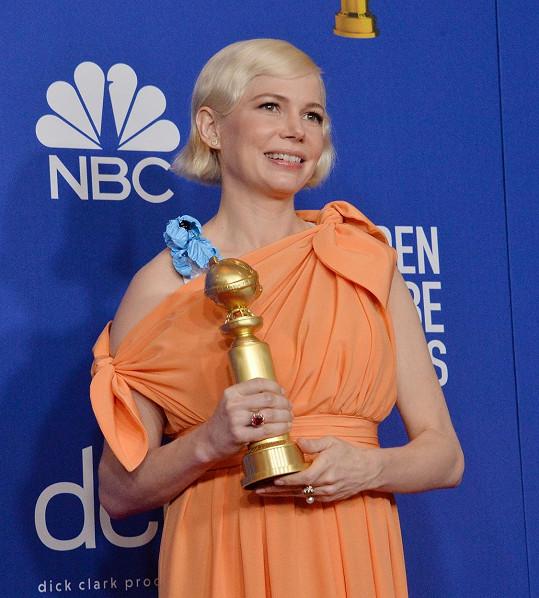 Michelle Williams si odnesla cenu za nejlepší ženský herecký výkon v mini sérii Fosse/Verdon.