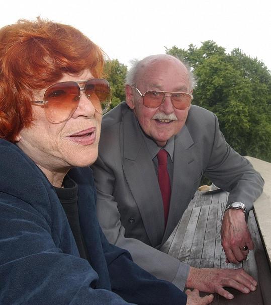 Jaroslava Adamová s kolegou Lubomírem Lipským v roce 2004