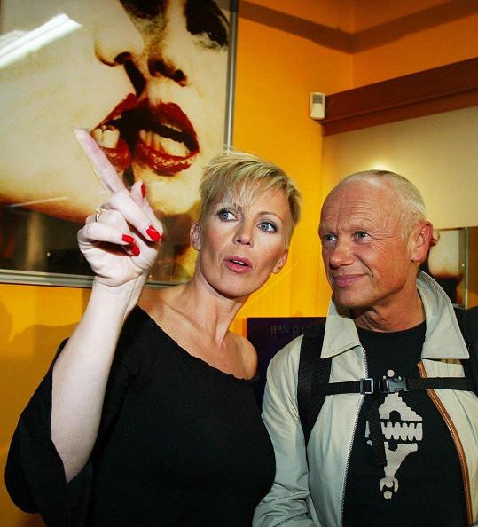 S exmanželkou Kateřinou Kornovou má dvě děti (2003).