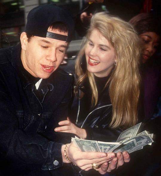 V roce 1992 jako populární rapper Marky Mark