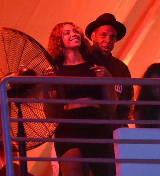 Beyoncé a Jay-Z v neděli v noci na festivalu Made In America