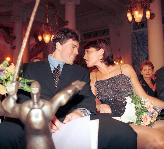 Jágr s Nicol Lenertovou o rok později