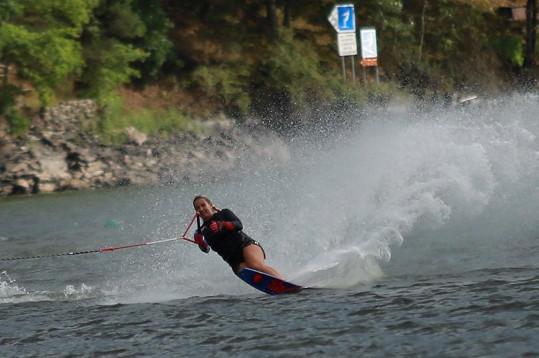 Monika byla ve vodním lyžování velmi dobrá.