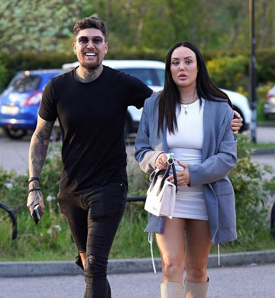 Brunetka ohlásila rozchod s Liamem, se kterým randila necelé dva roky.