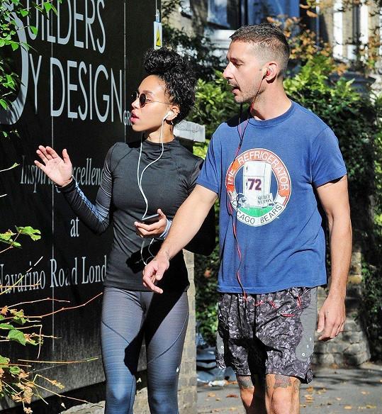 Nový hollywoodský pár Shia LaBeouf a FKA twigs
