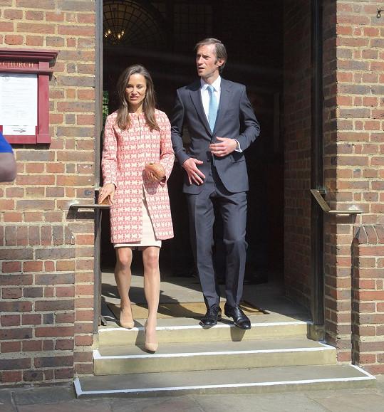 Pippa Middleton se o víkendu vdává. Jejím vyvoleným je bankéř James Matthews.