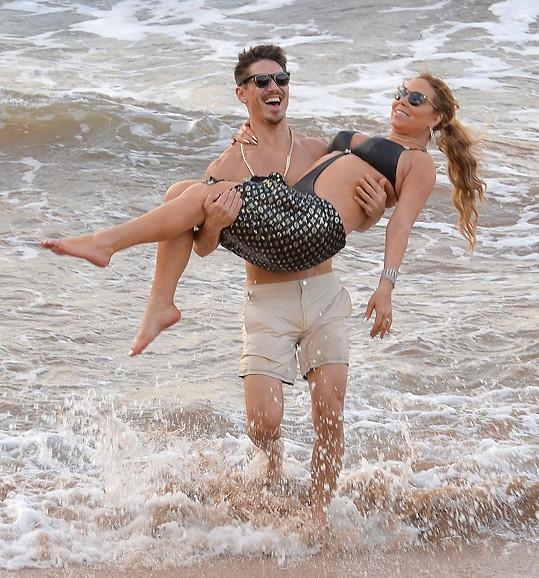 Po Vánocích bude Mariah ještě vypasenější a Bryan se pořádně nadře.