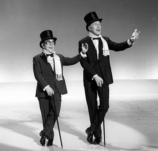 Ronnie Corbett a Bruce Forsyth v roce 1969