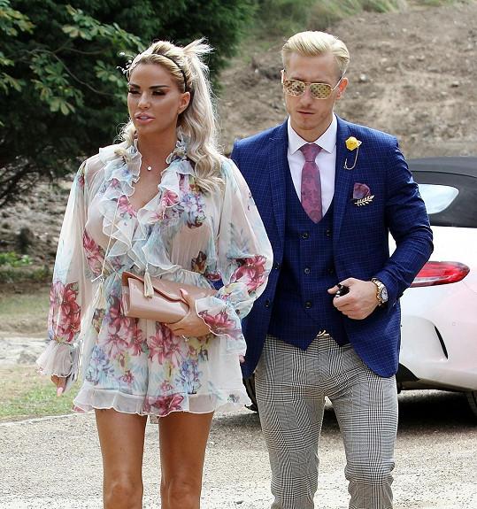 Loňské zásnuby s Krisem Boysonem nevyšly.