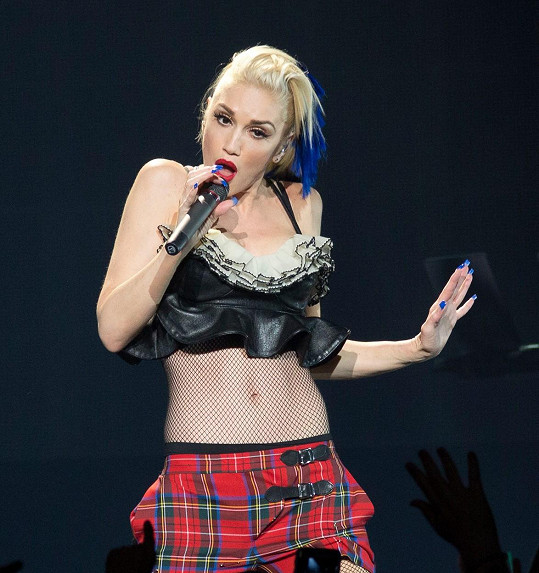 Gwen může nosit stejné outfity jako před 20 lety.