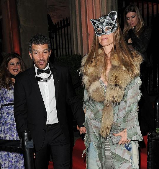 Antonio Banderas s Nicole Kimpel v Londýně