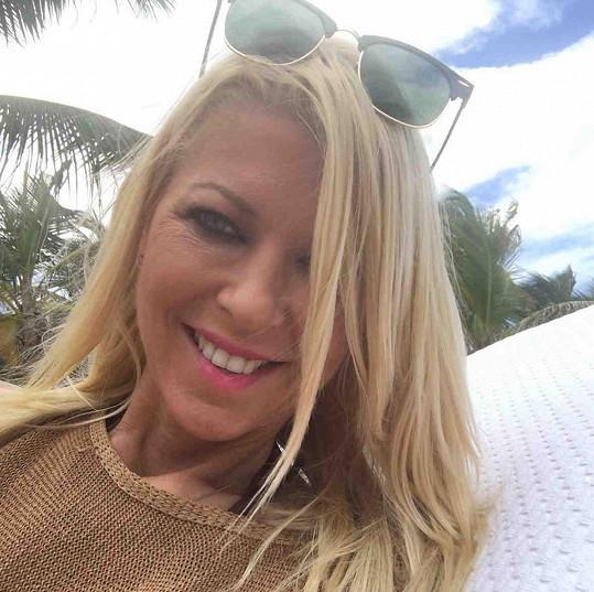 Tara Reid vyrazila na dovolenou do Portorika.