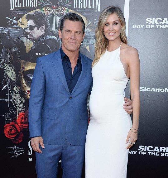 Josh Brolin a jeho třetí manželka Kathryn Boyd