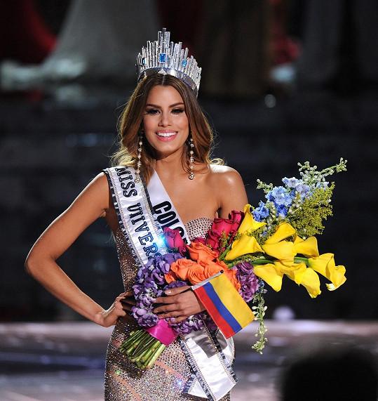 Omylem ale nejdřív korunovali Kolumbijku, která je sice krásná, ale má leccos umělého.