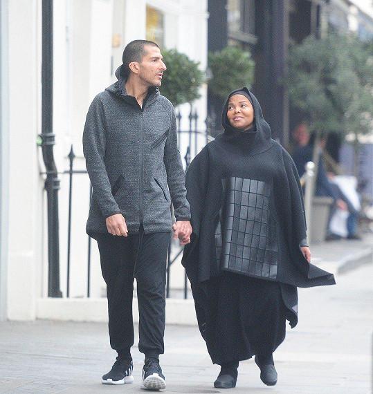 Těhotná Janet Jackson s manželem Wissamem Al Manou. Teď už se rozvádí.