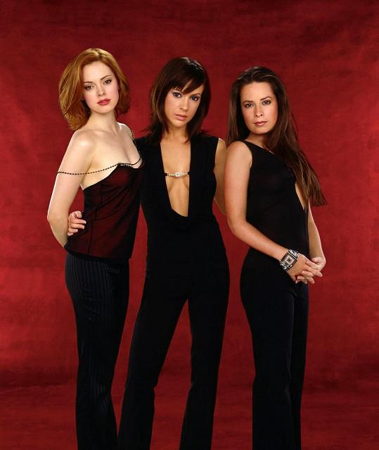 Nejslavnější rolí Alyssy Milano byla Phoebe v seriálu Čarodějky.