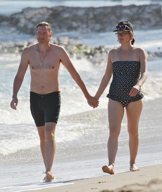 Milla Jovovich čeká druhého potomka.