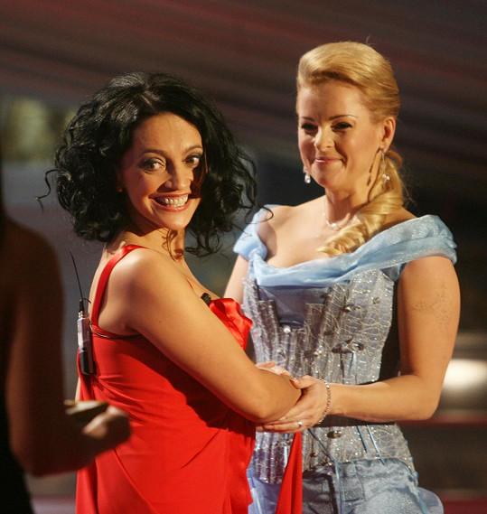 Lucie Bílá a Iveta Bartošová v roce 2008...