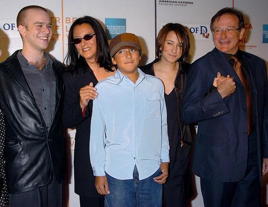 Herec s exmanželkou a jeho všemi dětmi. Se syny Zacharym a Codym a dcerou Zeldou.