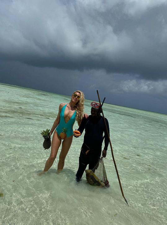 Simona Krainová si užívá dovolenou na Zanzibaru.