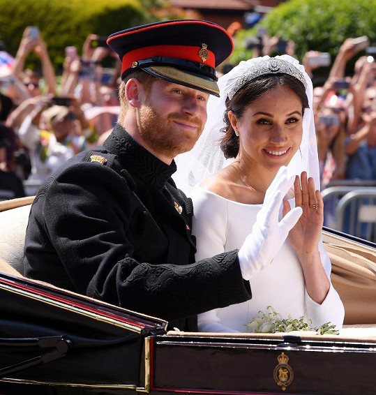 Harry a Meghan šokovali i královnu. O svém rozhodnutí osamostanit se údajně nikoho dopředu neinformovali.