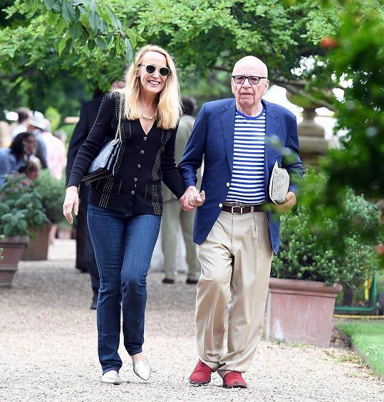 Loni se provdala za Ruperta Murdocha.