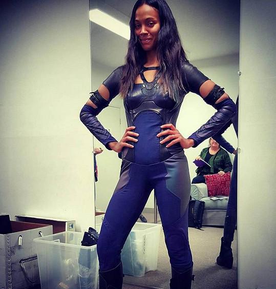Herečka se pyšně navlékla do filmového kostýmu, který nosila v roce 2013 před těhotenstvím.