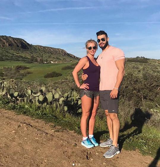 Britney Spears s přítelem Samem Asgharim