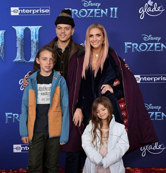 Simpson a Ross s dcerou Jagger a zpěvaččiným synem Bronxem