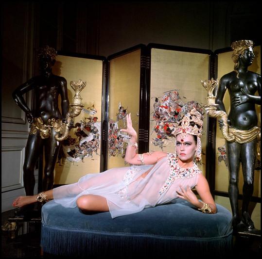 Jeanne Moreau jako Mata Hari (1964)