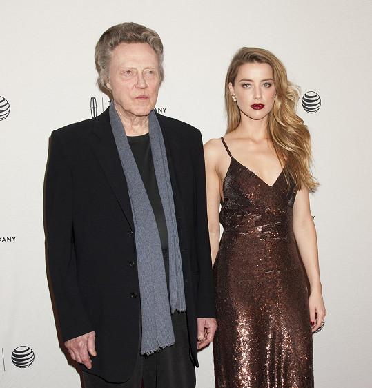Na filmové premiéře jí dělal garde herec Christopher Walken.