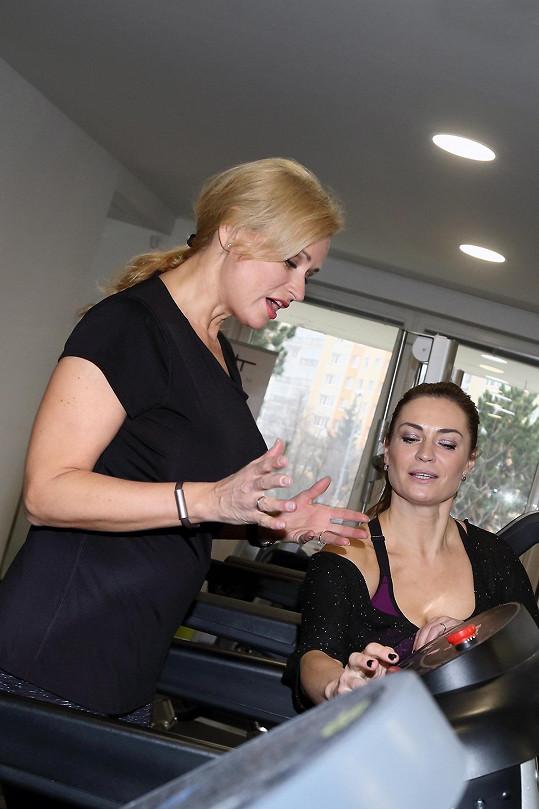 Adamcová se radila se cvičitelkou Hankou Kynychovou.