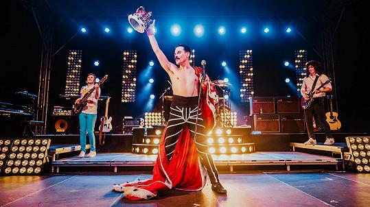 Koncert nabídne jedinečné propojení nejslavnějších hitů legendárních Queen v autentickém provedení, nejmodernějších technologií a světelných efektů.