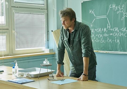 Vojta Dyk se objeví už od září v novém seriálu Pan profesor.