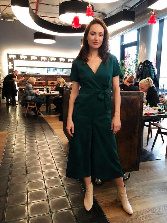 Karolína na představení asijského menu v karlínské restauraci